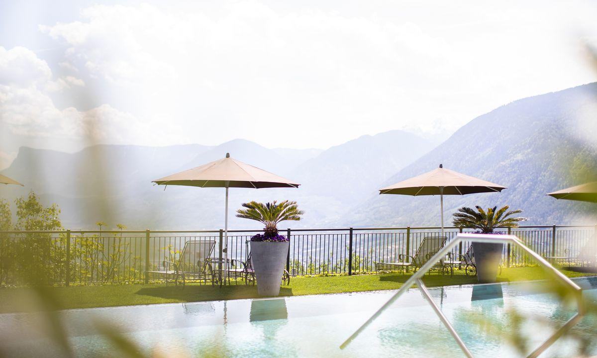 Hotel-Pool Meran, Hotel-Pool Dorf Tirol, Wellness in Südtirol, Wellness Dorf Tirol