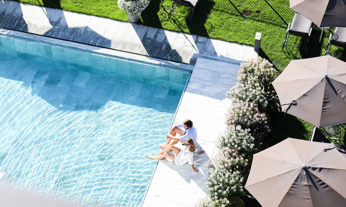 Hotel-Pool Südtirol :: Hotel mit Pool in Dorf Tirol